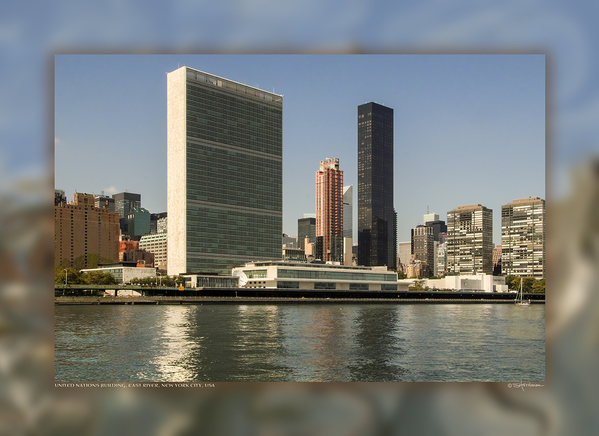 United Nations Building, East River, New York City, USA