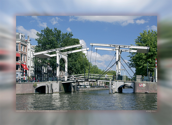Drawbridge, Nieuwe Herengracht Canal, Amsterdam, Holland